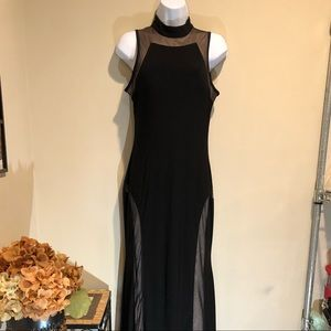 Night way black and nude gown SZ 8
